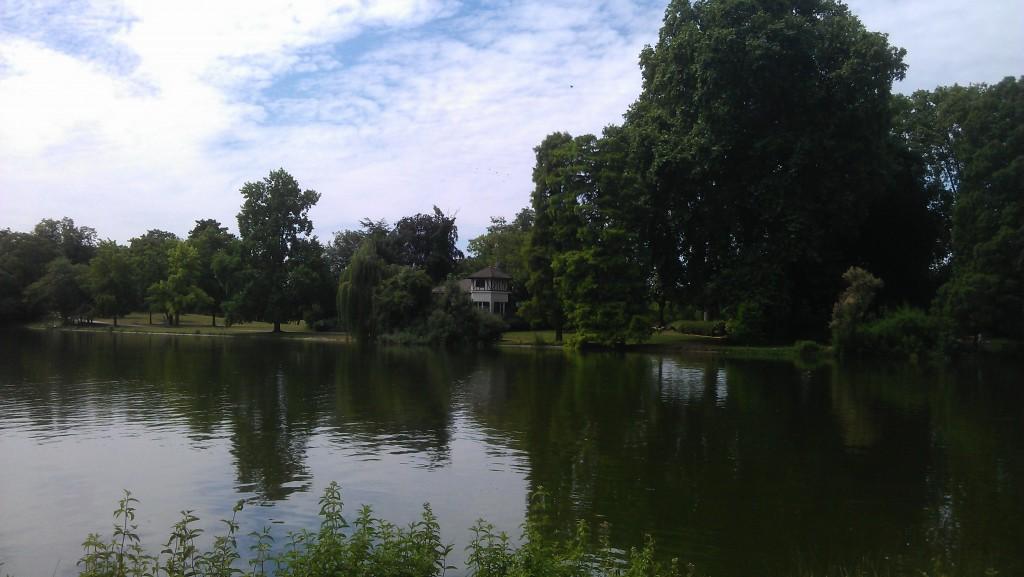 Le lac Daumesnil au bois de Vincennes
